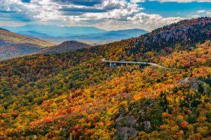 ble ridge parkway mountain scene