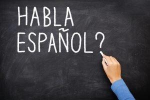 Do you speak Spanish? on chalkboard